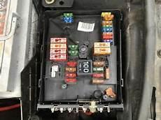 audi a3 2005 2008 2 0 tdi fuse box in engine bay ebay