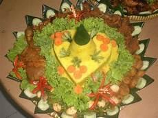 Nasi Tumpeng Kuning Karakter Catering Jakarta Jasa