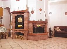 rivestimento forno a legna caminetti caldaie policombustibili stufe a pellet e