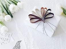geschenke für kreative geschenke verpacken 8 kreative diy ideen mit einem