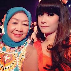 Insomnisa Indo S Official Of Anisa Rahma November 2013