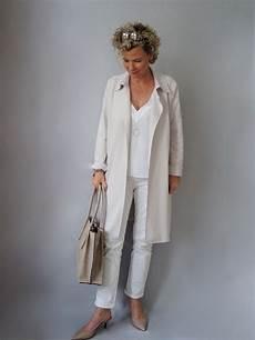 mode für ältere damen die weisse bluse das basicteil ideen