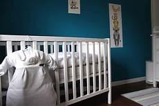 babyzimmer grau türkis so kann ein babyzimmer in wei 223 blau t 252 rkis aussehen