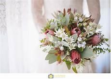 australian native flowers flower bouquet wedding wedding bouquets daisy wedding flowers