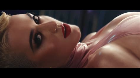 Katy Perry Bare Tits