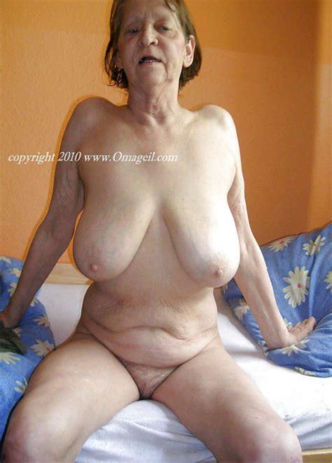 Charlotte Spencer Topless