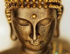 Buddhafiguren Und Buddhastatuen F 252 R Haus Und Garten