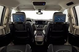 Waymo Orders Way Mo' Self Driving Minivans From Chrysler