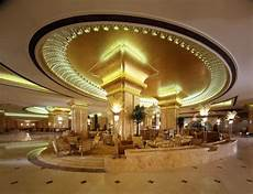 luxury hotel the emirates palace hotel 24 pics curious funny photos pictures