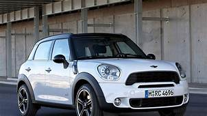 2015 Mini Cooper S Countryman – Pictures Information And