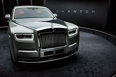 2018 Rolls Royce Phantom Look Motor Trend