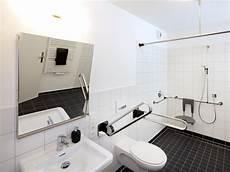 Behindertengerechte Badezimmer Beispiele - beispiele