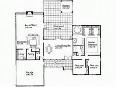 courtyard house plans u shaped u shaped ranch with courtyard u shaped spanish house plans