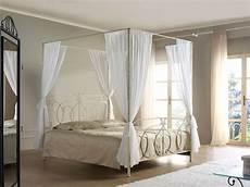 da letto con baldacchino letto baldacchino matrimoniale classico ferro battuto