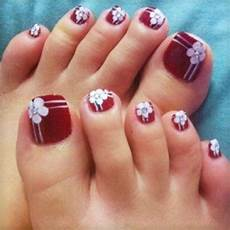 best fashion toe nail art designs