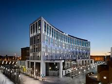 hilton hotel in liverpool uk by aedas awesome architecture