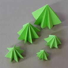 malvorlagen tannenbaum ausdrucken anleitung weihnachtsbaum origami ausmalbilder
