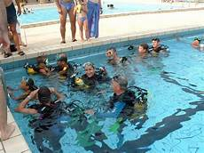 piscine portes les valence piscine delaune