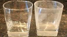 comment enlever le calcaire sur les verres l astuce incroyable pour enlever les traces de calcaire