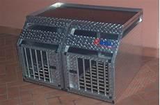 gabbie trasporto cani cellule e gabbie per veicoli valli s r l gabbie