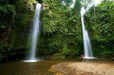 Paket Mendaki Gunung Rinjani Wisata Air Terjun Benang