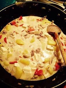 Kartoffel Hack Pfanne - kartoffel hack pfanne in pikanter schafsk 228 sesauce rezept