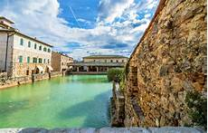 bagno vignone tuscany what to do in bagno vignoni shermanstravel