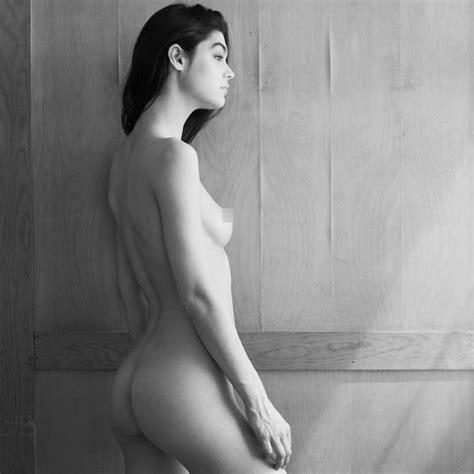 Lauren Searle Nude