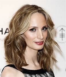 ways to style shoulder length hair bakuland