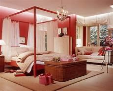 Jugendzimmer Rot