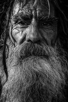 Gambar Manusia Orang Hitam Dan Putih Tua Gelap