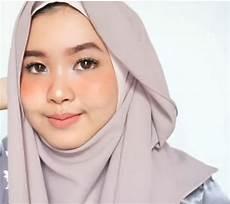Tutorial Jilbab Wisuda Simpel Ragam Muslim