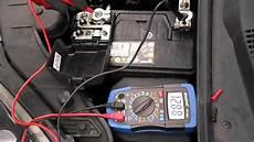 le sur batterie v 233 rification de l 233 tat d une batterie de l alternateur