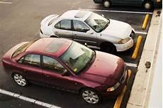 voiture abimée sur parking voiture d 233 grad 233 e sur un parking priv 233 qui indemnise lesfurets