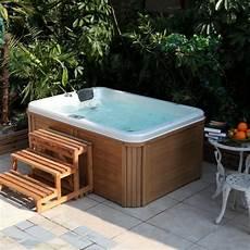 Whirlpool Im Garten G 246 Nnen Sie Sich Diese Besonde