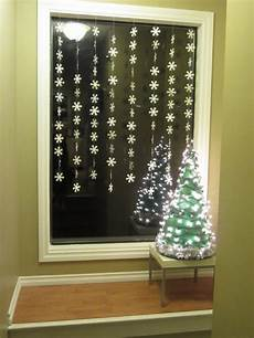 Lighted Decorations For Windows by 40 Scintillating Windows Decoration Ideas All