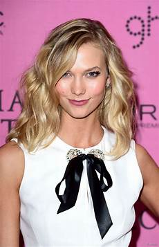 karlie kloss 3 medium length hairstyles to copy