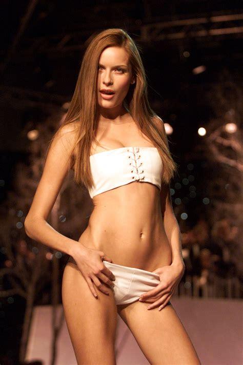 British Celeb Fake Nude