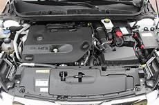 moteur 308 hdi essai peugeot 308 sw 2 0 bluehdi 150 eat6 le meilleur