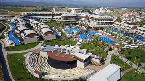 Jacaranda Imperial Hotel Side