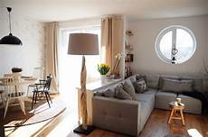 Kleines Wohnzimmer Einrichten Ideen - moderner landhaussstil kommode als raumteiler zwischen