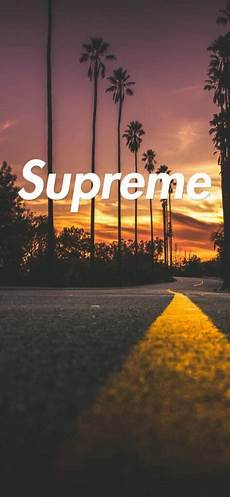 Iphone 7 Supreme Wallpaper