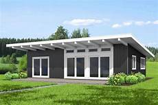 low pitch roof house plans modern house plan with low pitched roof 67792mg
