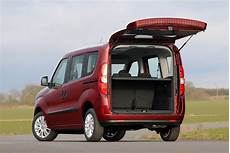 fiat doblo estate review 2010 parkers
