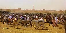 market day at bayt yemen viaggi edifici spiagge