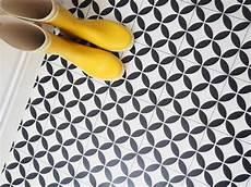 vinyle imitation carreau de ciment sol vinyle imitation carreau de ciment r 233 tro et moderne