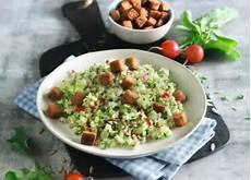 Spitzkohlsalat Mit Radieschen Und Brunnenkresse