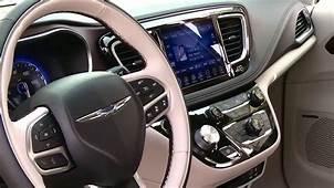 2017 Chrysler Pacifica  Interior Design AutoMotoTV