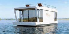 rental of houseboats