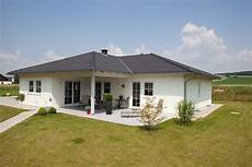Holz Fertighaus Bungalow - holz fertighaus bungalow 01 friedl holzbau